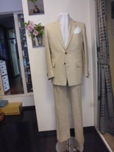 麻100%2釦スーツ