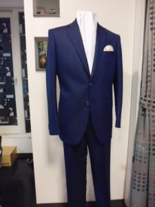 8528紺2釦スーツ
